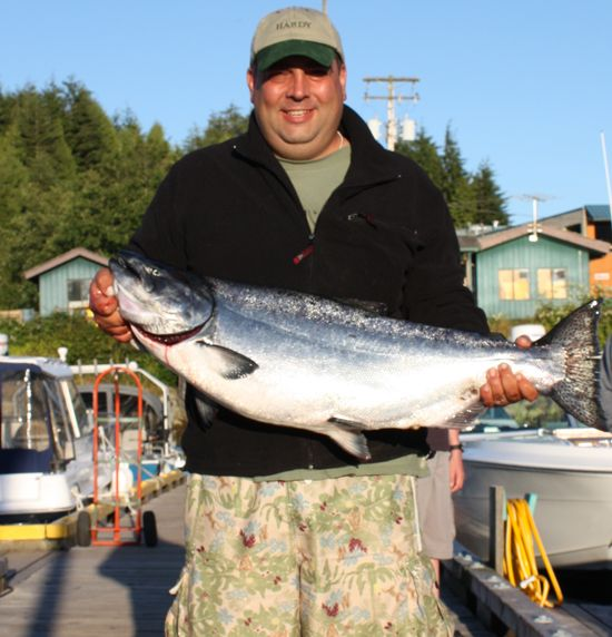 Heath Michelson with a 32.5 Tyee August 12, 2008