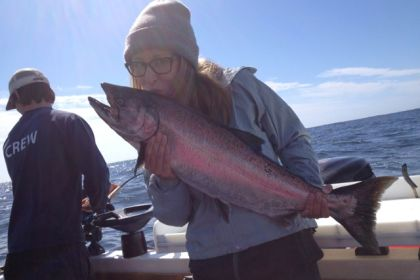 kissing Chinook in Ucluelet